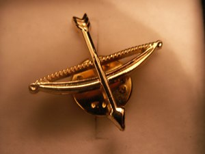 OSM Bow and Arrow Lapel Badge